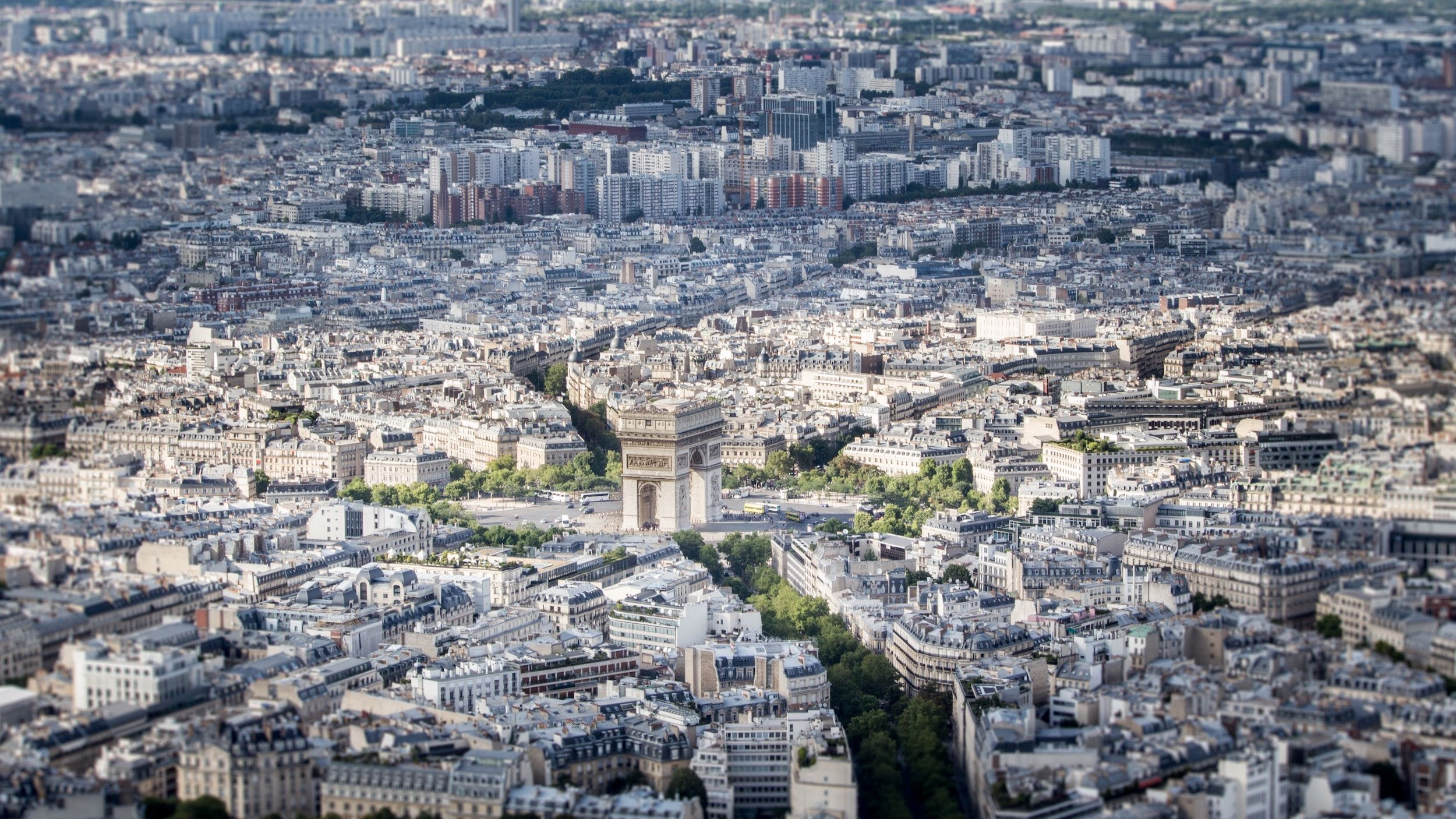 City of Paris, Arc de Triomphe Square
